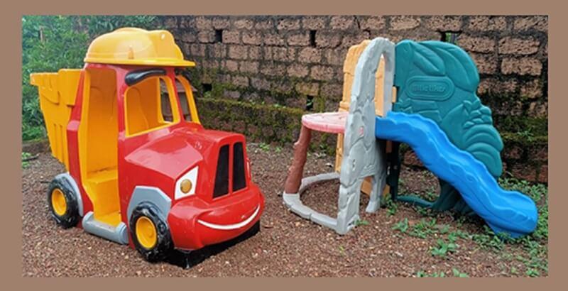 Little tikes garden slide for small kids
